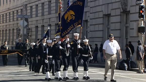 San Francisco honors veterans with parade on Market Street
