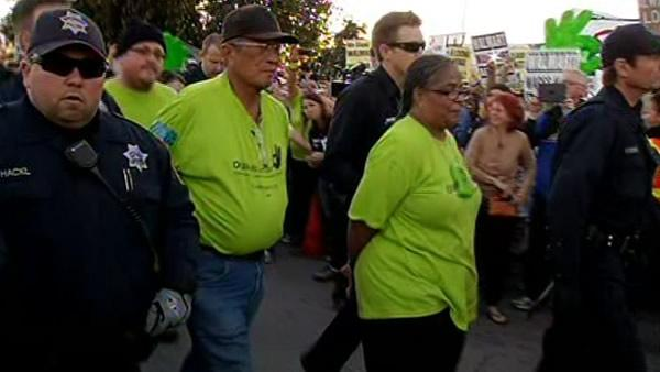 5 arrested during protest at Walmart in San Leandro