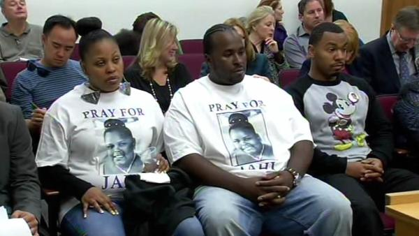 Judge rules Jahi's mom can remove her from hospital