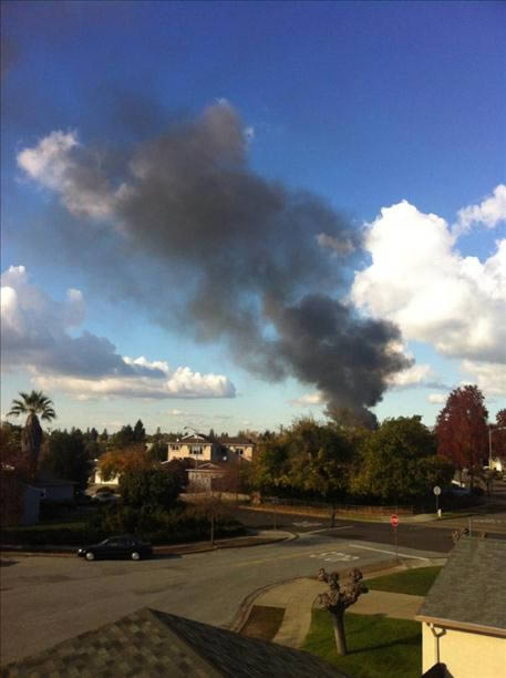 Crews battle multi-alarm fire near I-680 &amp; Mission Blvd. in Fremont  <span class=meta>(Photo submitted via uReport)</span>