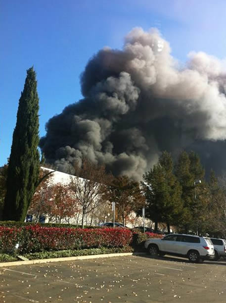 Crews battle multi-alarm fire near I-680 &amp; Mission Blvd. in Fremont  <span class=meta>(Photo submitted by via uReport)</span>