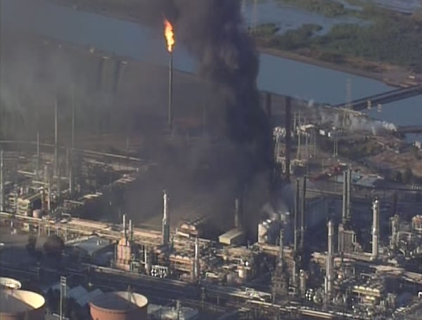 A visible fire and large plumes of smoke could be seen burning at the Chevron Refinery in Richmond. (ABC7 News)