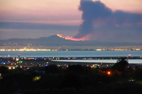Smoke from a wildfire that crews are battling on the slopes of Mount Diablo was visible from several miles away. (Photo submitted via uReport)