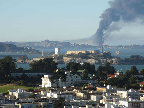 Images of the Chevron refinery fire submitted via Twitter. <span class=meta>(@ColeSF&#47;Twitter)</span>