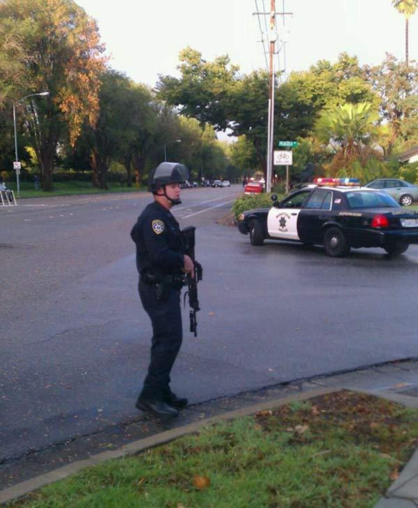 Sunnyvale police all have their fingers on their triggers as they look for suspect. (From Amy Hollyfield)