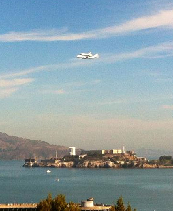 Shuttle Endeavour flies over Alcatraz (Sent in...