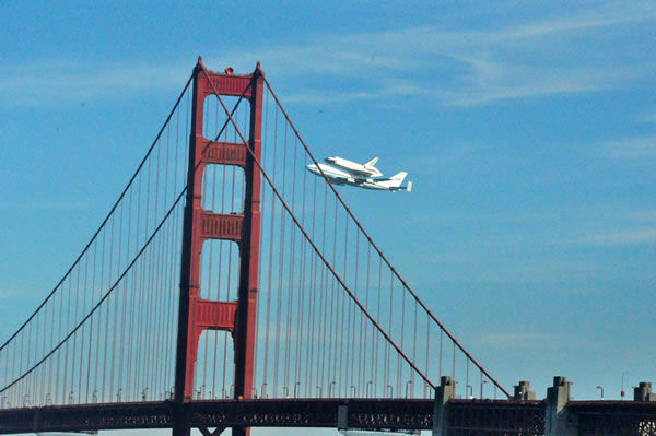 "Space shuttle Endeavour made a historic flyover of the Bay Area Friday morning on its way to LA. (Photo submitted by Paul ""Bear"" Bryant via uReport)"