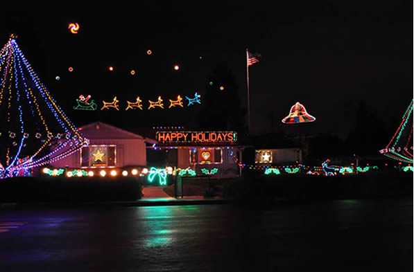 Christmas Lights on Olive Dr in Concord, CA.  (Photo submitted by Roxanne via uReport)