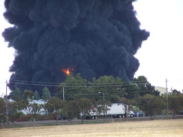 Images from a large smoky fire at a Fairfield plastics plant. <span class=meta>(Photo&#47;Kelly Parvin)</span>