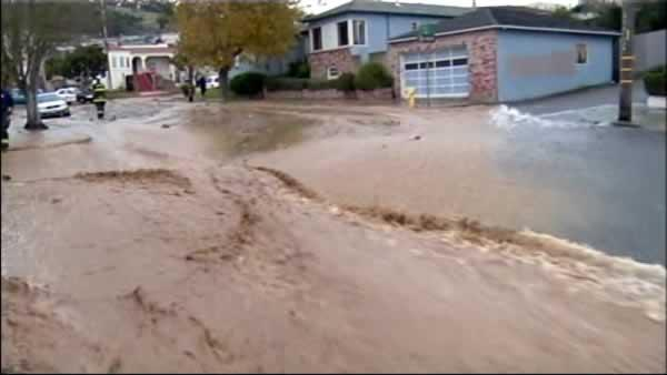 Cleanup begins after water main ruptures