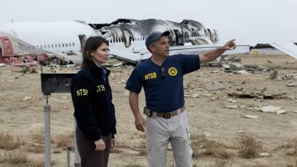 NTSB Chairman Hersman & IIC Bill English survey accident scene.