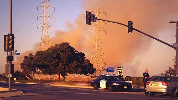 Redwood City debris fire