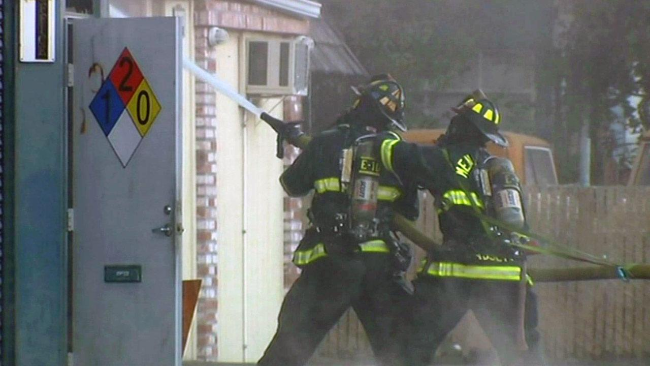 Redwood City firefighters battle blaze