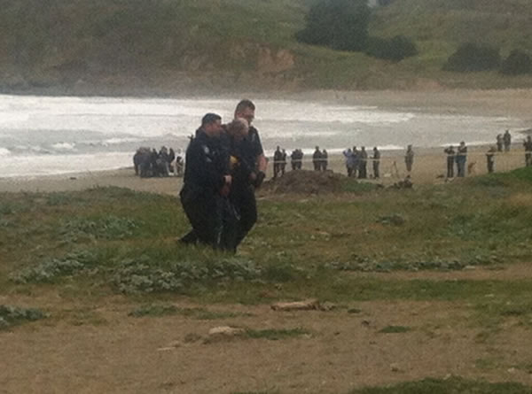 Three suspects have been arrested after a stolen 82-foot sailboat ran aground at Linda Mar Beach in Pacifica. Two men and a woman were onboard the &#36;2.7 million &#34;Darling&#34; when it was reported stolen from the Sausalito Yacht Harbor. <span class=meta>(KGO)</span>
