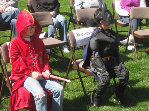 "<div class=""meta image-caption""><div class=""origin-logo origin-image ""><span></span></div><span class=""caption-text"">Two young boys took a break from fighting cancer to take part in an event in San Bruno that was inspired by San Francisco's Batkid celebration. (Photo courtesy Ken Ibarra)</span></div>"