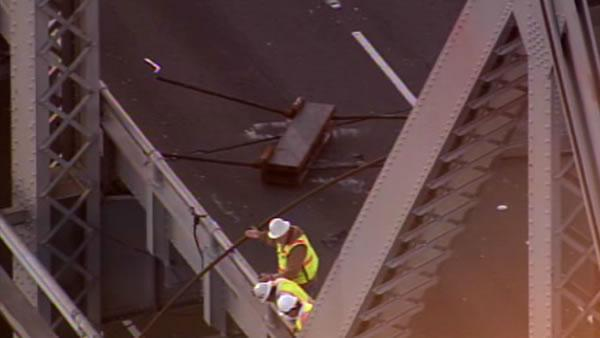 Bay Bridge, cable, accident, broken
