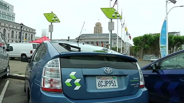 San Francisco to test car sharing parking spots