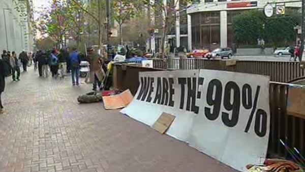 SF using sit-lie law to keep Occupiers from returning