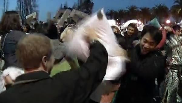 Hundreds battle in Valentine's Day pillow fight