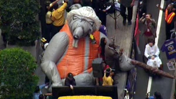 SKY7-HD captured this shot of a giant inflatable rat outside the protest at the annual Wells Fargo shareholders meeting in San Francisco on April 24, 2012.
