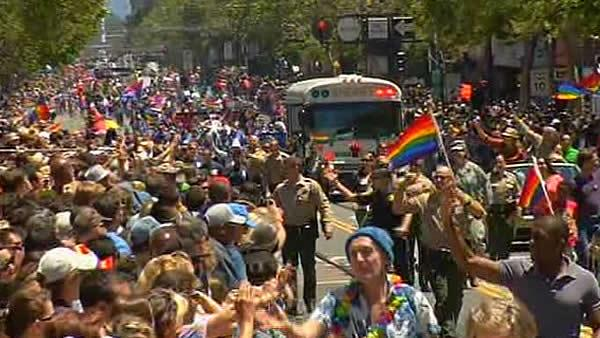 San Francisco Pride crowds fill city streets