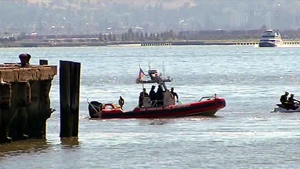 Man may have fallen into Bay after Giants game