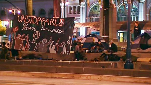 Occupy protesters dismantle tents in San Francisco