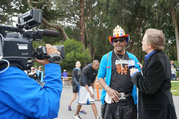 "<div class=""meta image-caption""><div class=""origin-logo origin-image ""><span></span></div><span class=""caption-text"">Thousands of people took part in the annual AIDS Walk San Francisco event at Golden Gate Park on Sunday.  (KGO Photo)</span></div>"