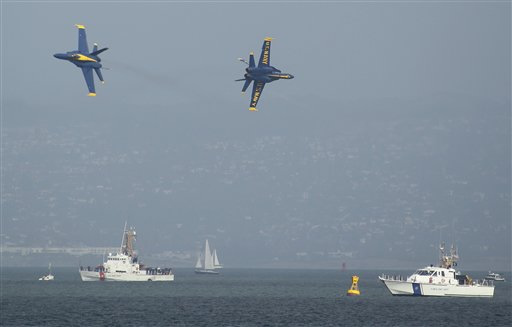 A pair of Navy Blue Angels F&#47;A-18&#39;s fly above San Francisco Bay off the Marina Green in San Francisco, Thursday, Oct. 4, 2012. The Blue Angels were practicing for the annual Fleet Week celebration this weekend. <span class=meta>(AP Photo&#47;Eric Risberg)</span>
