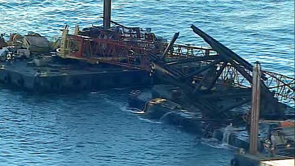 Crane falls near SF-Oakland Bay Bridge