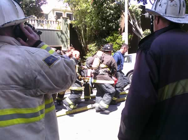 "<div class=""meta image-caption""><div class=""origin-logo origin-image ""><span></span></div><span class=""caption-text"">One firefighter was killed and two others were injured battling a large structure fire blaze in San Francisco on Thursday. (Patty Stanton)</span></div>"