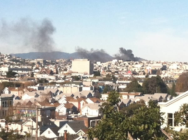 <span class=meta>(Buildings on fire in SF&#39;s Western Addition: Photo submitted via uReport.)</span>