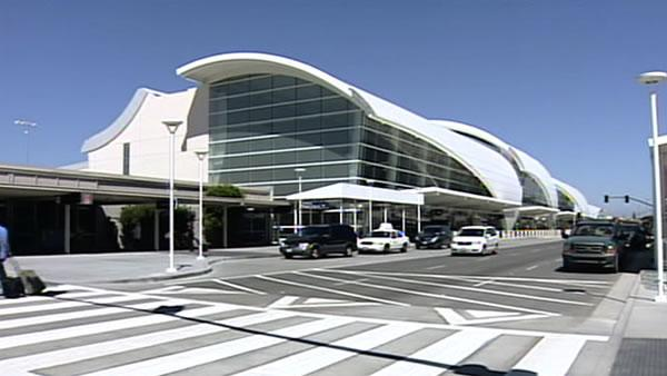 Mineta San Jose International Airport debuts new terminal | abc7news.