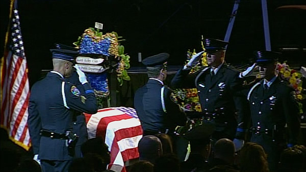 Officers honor fallen Santa Cruz police officers at memorial