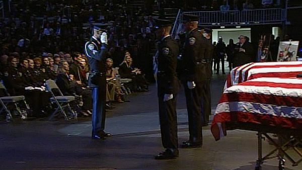 Officers honor fallen Santa Cruz police officers...