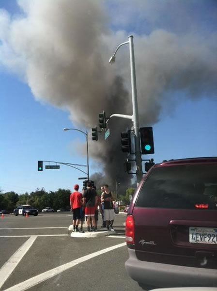 "<div class=""meta ""><span class=""caption-text "">Crews battle a multi-alarm fire at a commercial structure at Park Avenue and S. Montgomery Street in San Jose. (Photo submitted via uReport)</span></div>"