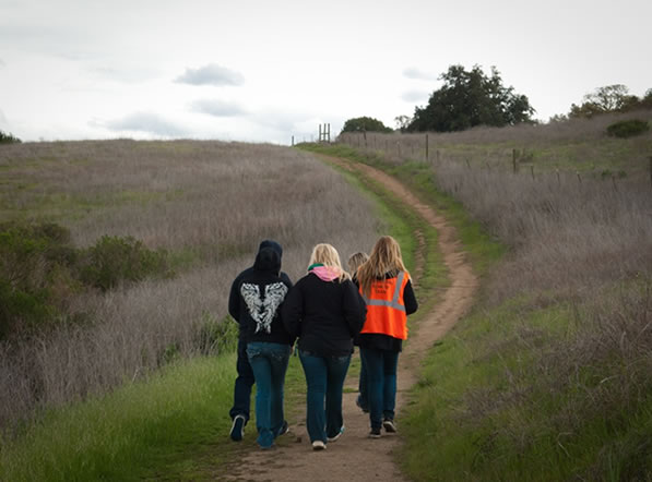"<div class=""meta image-caption""><div class=""origin-logo origin-image ""><span></span></div><span class=""caption-text"">On Tuesday, March 27, 2012, volunteers searched Morgan Hill for any clues in the disappearance of Sierra LaMar.  (Photo courtesy photographer Jayne Porras)</span></div>"