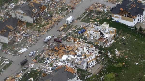 No deaths in St. Louis tornado called miracle
