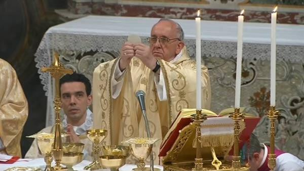 Pope Francis holds mass and pays hotel bill