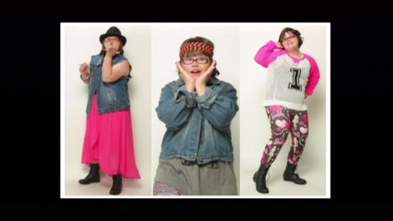 A girl from Illinois became the first model with Down Syndrome ever hired by the California-based clothing store chain Wet Seal.