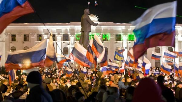 Crimeans overwhelmingly vote for secession