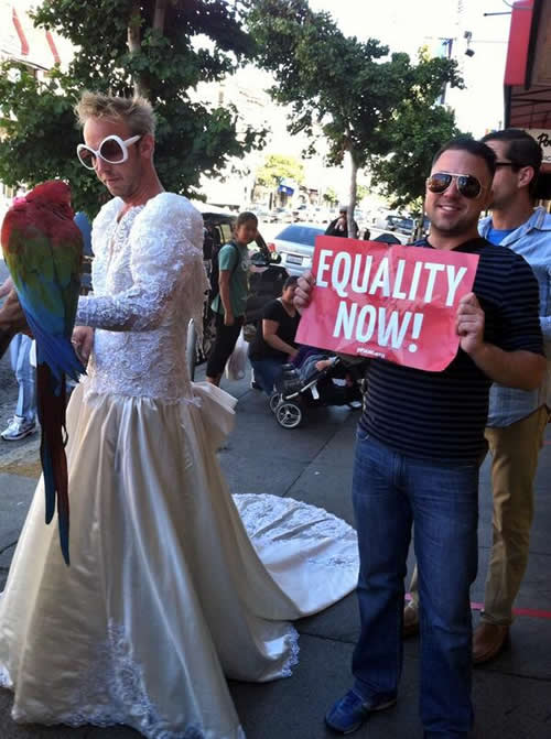 Supporters of same-sex marriage walk through San Francisco&#39;s Castro neighborhood after Supreme Court&#39;s ruling on Proposition 8. <span class=meta>(KGO)</span>
