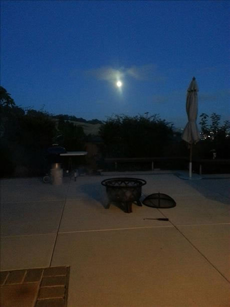 Supermoon over San Leandro Hills. (Photo submitted via uReport)