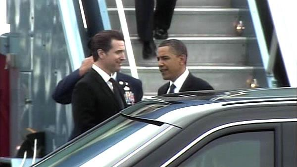Obama arrives at SFO