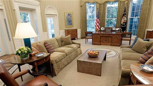 Renovations to the Oval Office, including a new carpet, drapes, wallpaper and furniture, are seen, Tuesday, Aug. 31, 2010, at the White House in Washington.