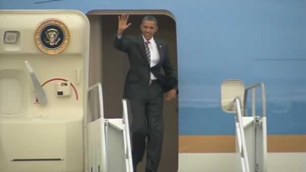 President Obama arrives in Bay Area