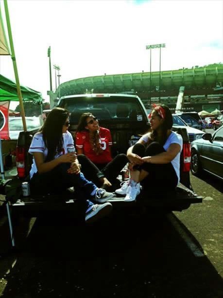 &#34;Chatting with the girls while tailgating.&#34; The time has come to say goodbye - let&#39;s preserve the memories.  Send us your favorite Candlestick pics.  We may share them on air! <span class=meta>(photo submitted by Carina via uReport)</span>