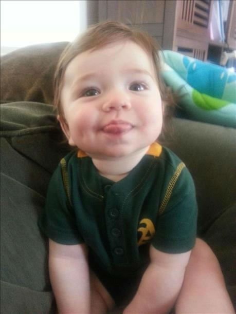 Bay Area baseball fans show off their playoff fever! (Photo submitted by LeeAnn Lozon via uReport)