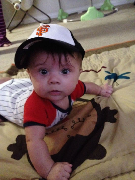 "<div class=""meta image-caption""><div class=""origin-logo origin-image ""><span></span></div><span class=""caption-text"">This cute little giants fan is Ryder Romero, 5 months, from Pleasant Hill! Go Giants!! (Photo submitted by David Romero & Jessica Widel via uReport)</span></div>"