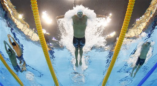 USA&#39;s Ryan Lochte competes in a men&#39;s 400-meter individual medley at the Aquatics Centre in the Olympic Park during the 2012 Summer Olympics in London, Saturday, July 28, 2012. <span class=meta>(AP Photo&#47;David J. Phillip)</span>